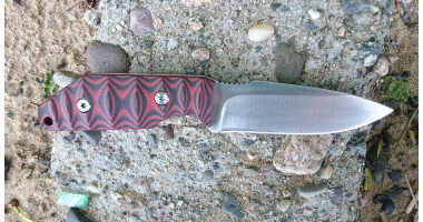 Нож для разделки STEELCLAW Красный хантер D2